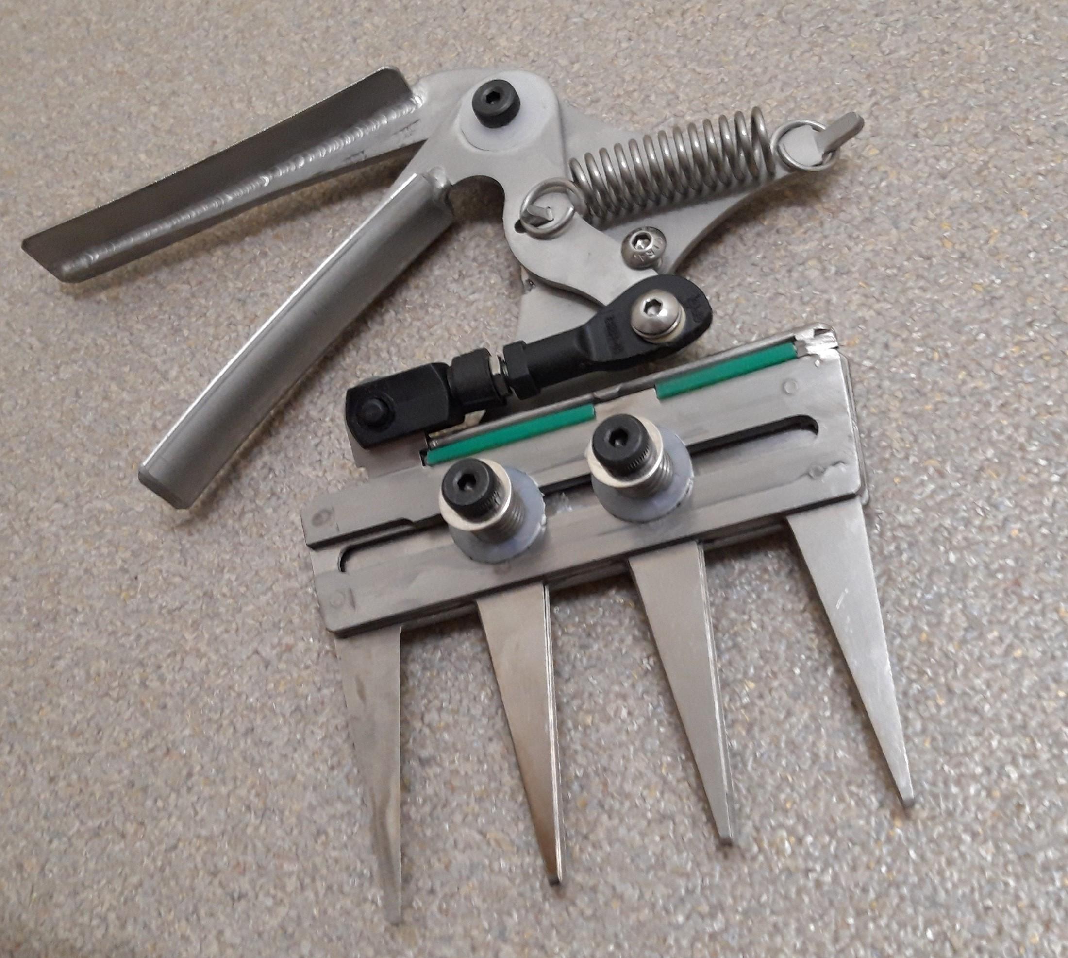 Patentschaar® Handmodel RVS 100,5 mm lang, steek 29 mm, 4 tanden
