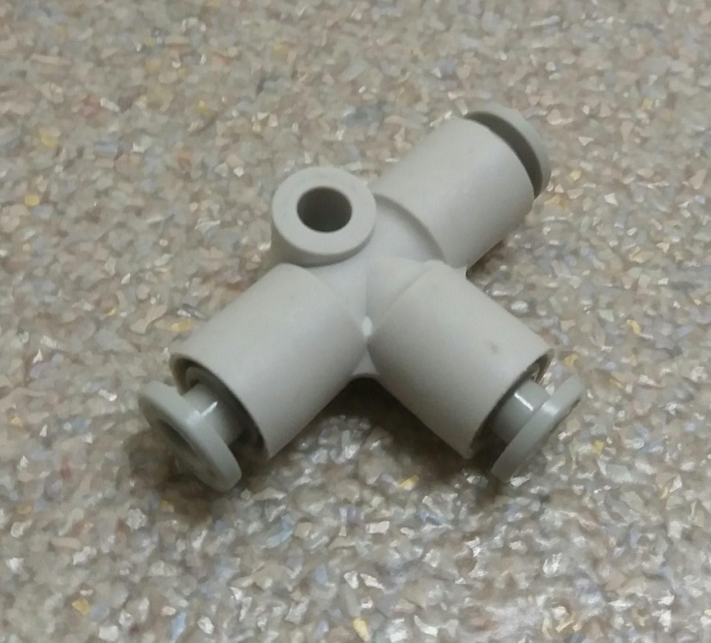 Patentschaar®  Insteek T-stuk slang 4 x 4 x 4 mm.