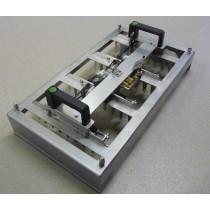 Patentschaar® - Meerlingschaar met Knipgeleider RVS voor 2 scharen, twee-handen beveiliging en scharen. (Foto is een voorbeeld van een 4-voudige schaar.)